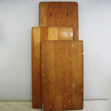 Tables en bois rectangulaires locareception for Miroirs rectangulaires bois